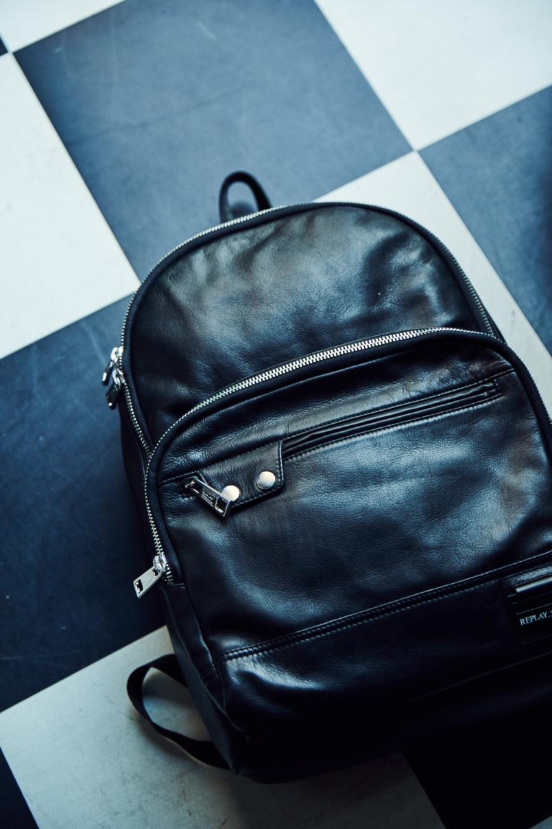 8da305deb58 Replay Accessories SS18 - FashionCompany Corporate Site