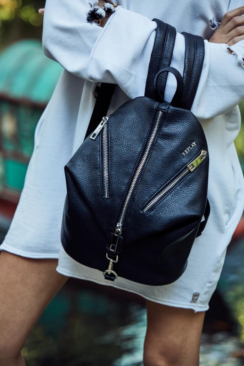 41375452e92b Replay Accessories SS18 - FashionCompany Corporate Site